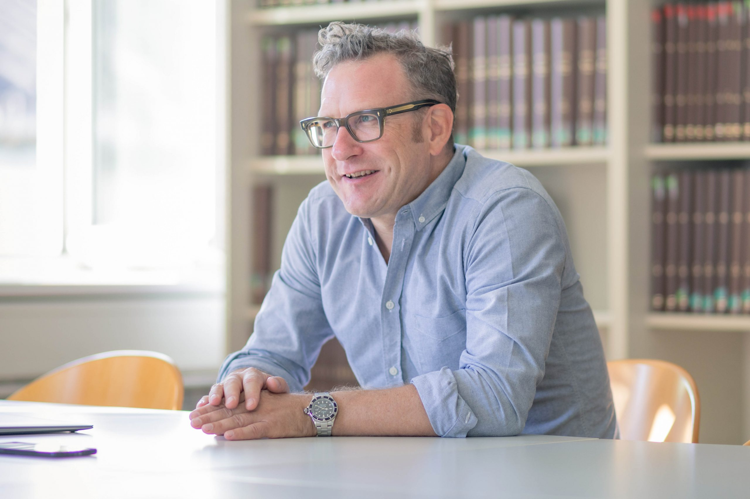 Martin Gruber-Risak diagnostiziert im Homeoffice ein Ruhezeitproblem, aber kein Arbeitszeitproblem.