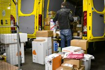 Paketzusteller der Post